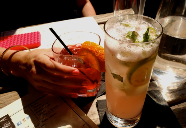 cocktails-astoria