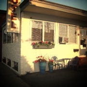 town-and-beach-motel-falmouth